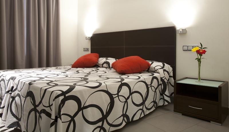 Apartamentos Turísticos Los Girasoles II - Twin Room